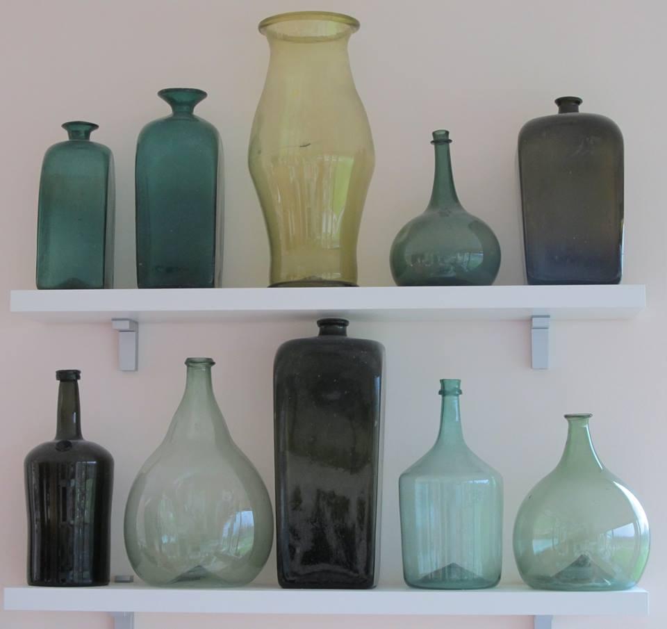 Ricks Bottle Room Autos Post